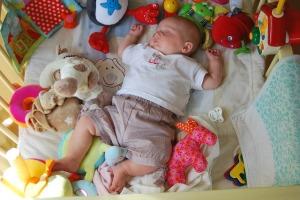 bebek oyuncaklar